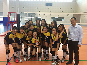 PL C Div Volleyball Team together with Guest of Honour, Mr Khoo Tse Horng